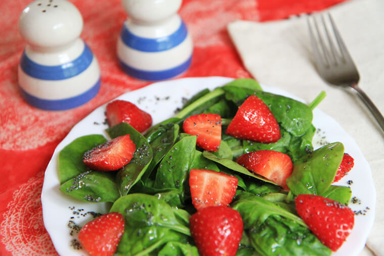 strawberry-spinach-salad-orange-poppy-seed-dressing