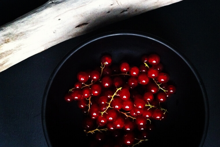 healthy-red-currants
